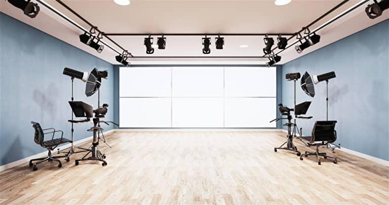 撮影機材の揃ったスタジオ